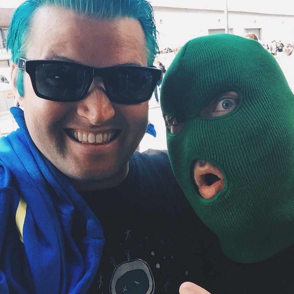 Masked Intruder and Blake! fatwreck25 fatwreckchords fatwreck maskedintruder intrudergreen rage
